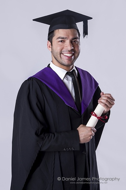 relaxed graduation photography