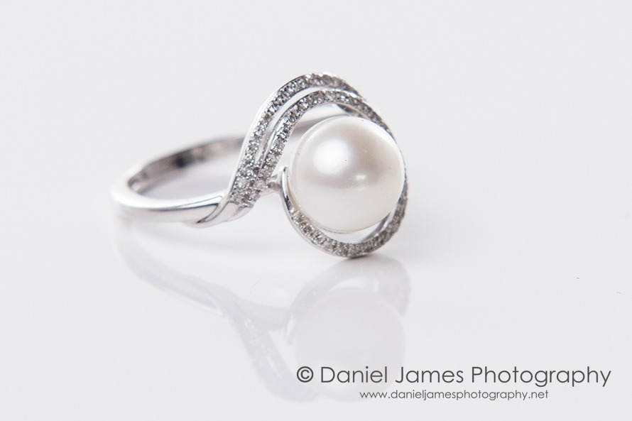 pearl diamond ring product photography
