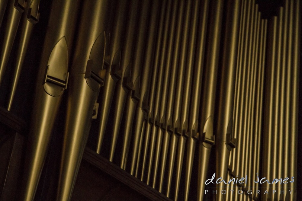 church st martin in the bullring birmingham organ pipes
