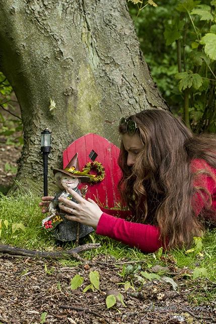 artist witch puppet